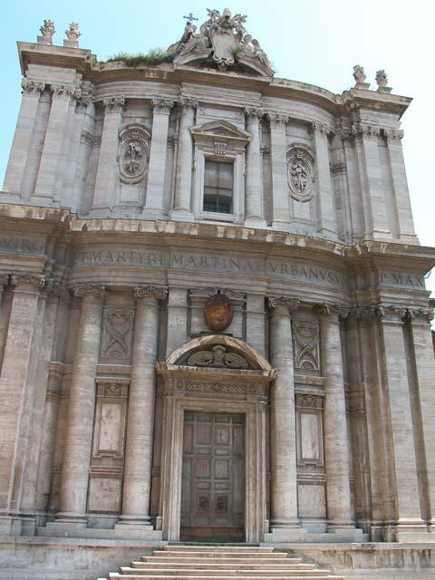 Iglesia romana de Santa Martina. Levantada por Urbano VIII, quien también compuso en su honor el himno de su festividad.