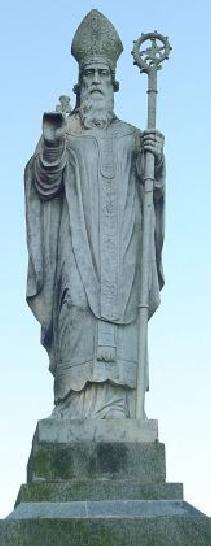 Estatua de San Patricio en Tara. Irlanda.