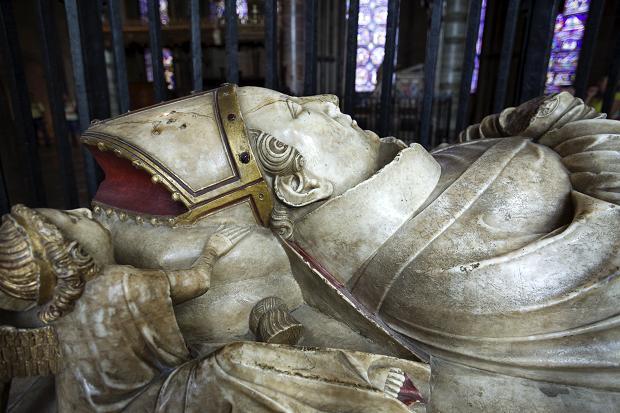 Tumba de Santo Tomás en la Catedral de Catetbury