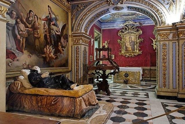 San Estanislao en su lecho de muerte por Pierre Legros el joven